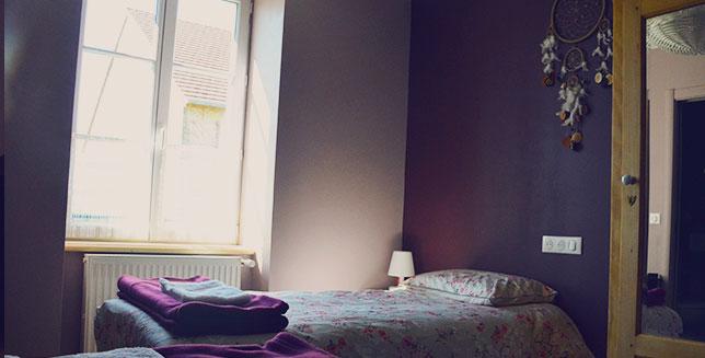 chambre double séjour cosy à la campagne